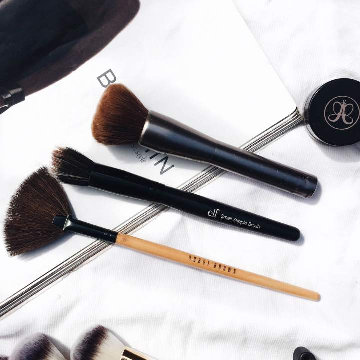 Bobbin brown, fan brush, best foundation brush, elf brushes, best powder brush