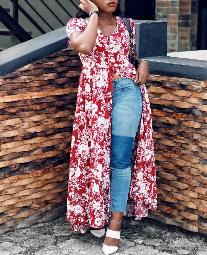 SheIn burgundy floral self tie split dress, maxi dress, how to style a maxi dress, SheIn, affordable fashion, fall colors, silver metallic shoe, metallic shoe, Zara basic, Zara, Fringe detail, floral dress, patchwork jeans, diy, whowhatfab, drapedinbasics