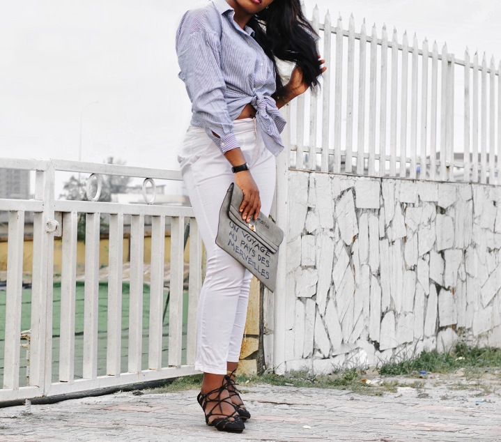 Cut out back shirt, stripped shirt, Payless, stripped button down shirt, how to style a dress shirt, how to style a button down shirt, how to look trendy in a shirt, inscription bag